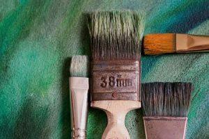 Malen mit Farben und Lacke